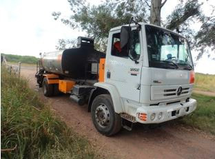 camión regador de asfalto 1720-48