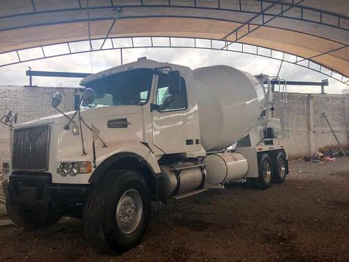 camion revolvedor de concreto volvo 2003,trompo,sapo,olla