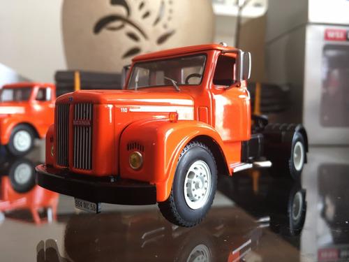 camión scania vabis l110 + trailer maderero. ixo. 1:43