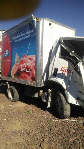 camion sterling 360 en partes isizu 300   cabstar