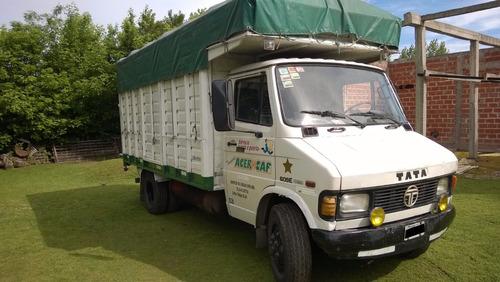 camion tata 609 turbo diésel  símil mercedes benz 710