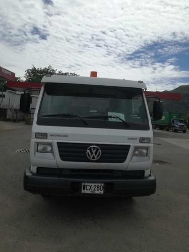 camión tipo carrotanque volkswagen 9-150 worker