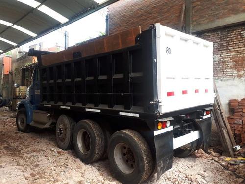 camión volcador 8x4 international eagle modelo 2001