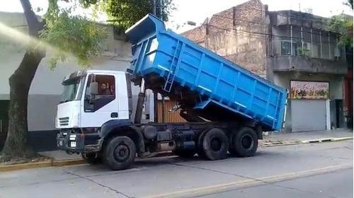 camion volcador iveco trakker 6x4 año 2008 excelente estado.