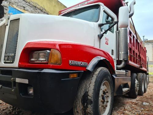 camión volcador kenworth t600 8x4 año 2005.