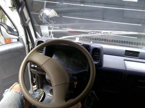 camion volcador yuejin inmaculado con cucheta unico dueño
