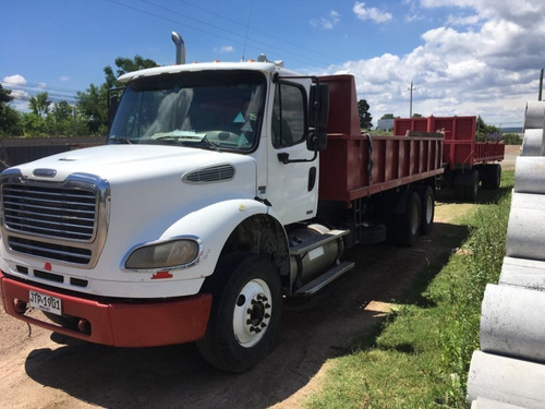 camion volcadora doble eje freightliner 410 hp impecable