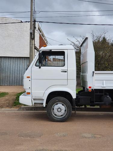 camion volkswagen 8-140 baranda rebatible y volcadora.