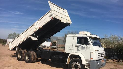camion volkswagen con volcadora
