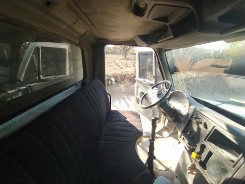 camión volteo 7m3, internacional mod. 2007
