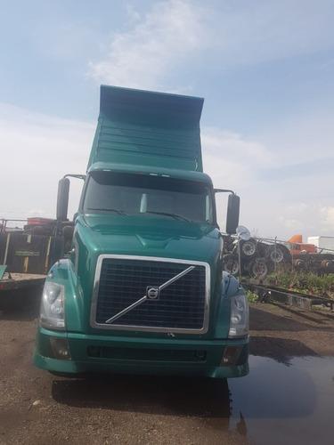 camión volteo volvo 2005