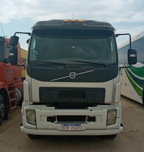 camión volvo vm260 6x2t 2011