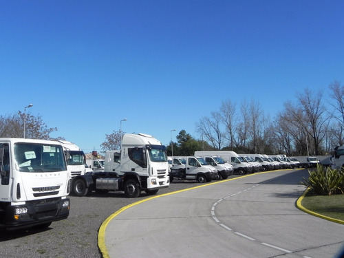 camiones iveco tector  170e28  80% en 17 cheques sin interes