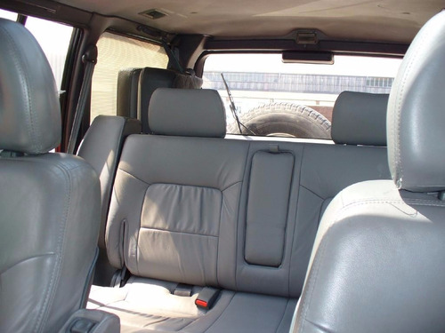camioneta 4x4 mitsubishi pajero-exeed delux (negociable)