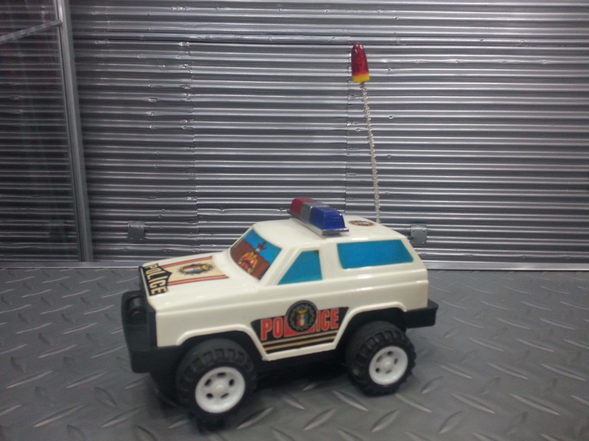 Camioneta Carro Policia Toyota Pilas Juguete Infantil Bs 0 10 En