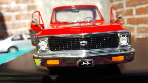 camioneta chevrolelet cheyenne a escala 1:24 modelo 1972