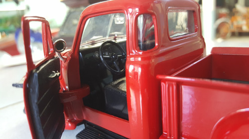 camioneta chevrolet 1953 3100 pickup scale 1:24 de colletion