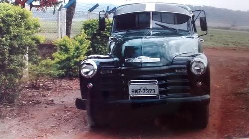 camioneta chevrolet ano 1951 em ótimo estado.