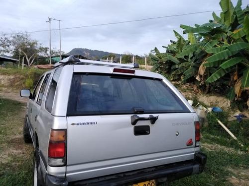 camioneta chevrolet rodeo v6 modelo 2005
