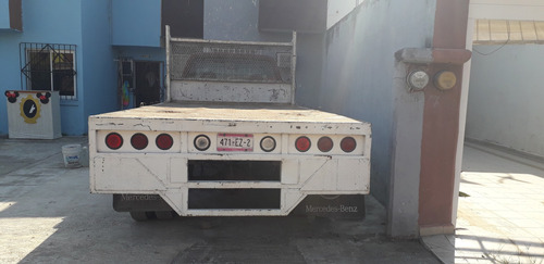 camioneta de carga v8 tritón a gasolina 3/2 toneladas