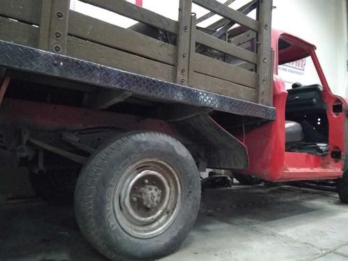 camioneta dodge 100 estacas