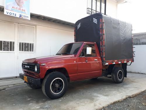 camioneta estacas 4x4