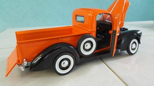 camioneta ford  a escala 1:18 modelo 1940 colletion