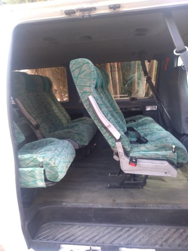 camioneta ford econoline 1995