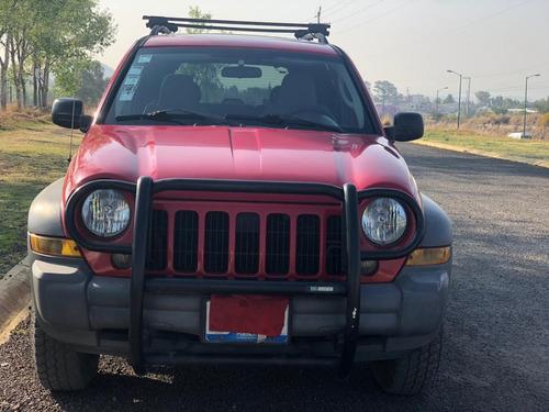 camioneta jeep liberty 2005 , automática. excelente estado!