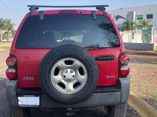 camioneta jeep liberty