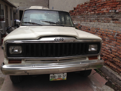 camioneta jeep wagoneer 1984