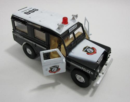 camioneta land rover larga escala pequeña 13cm coleccion
