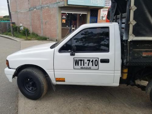 camioneta luv 2300 publica con aire acondicionado en ibague.