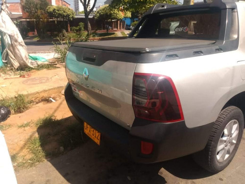 camioneta marca renault duster oroch mod 2017 doble cabina