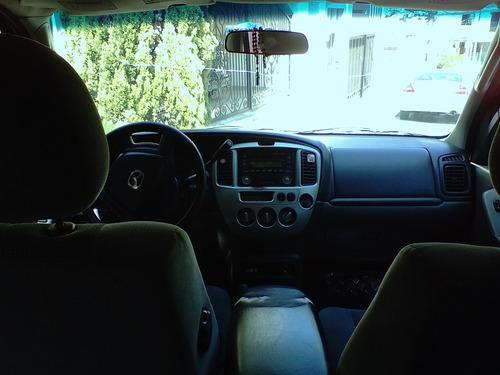 camioneta mazda tribute 2004