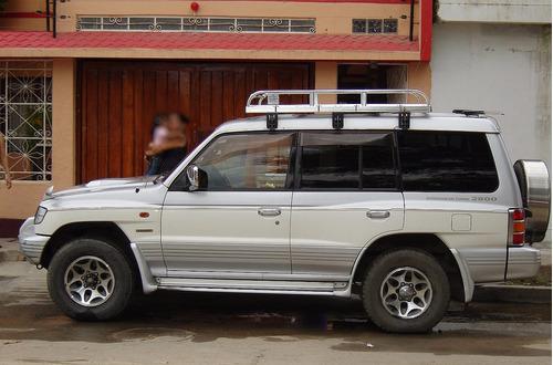 camioneta mitsubishi pajero
