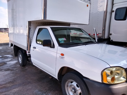 camioneta nissan 2014 con caja seca