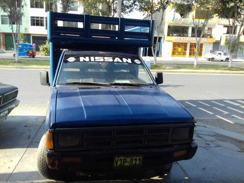 camioneta nissan del año 92 petrolera