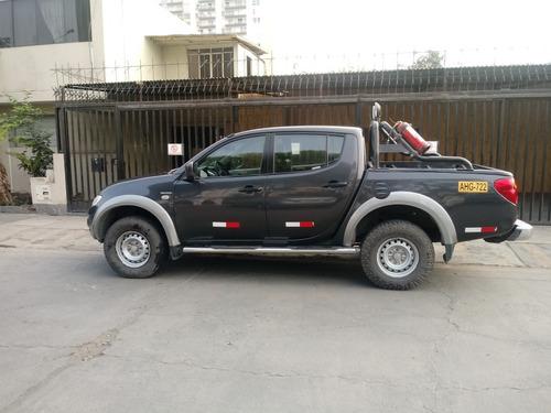 camioneta pickup mitsubishi l200