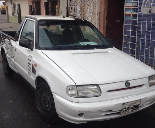 camioneta skoda felicia 1.3 del 2001. matriculado 2019
