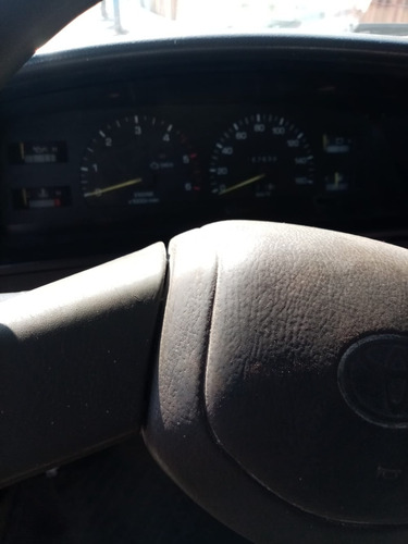camioneta toyota 4x4 petrolera año 2004