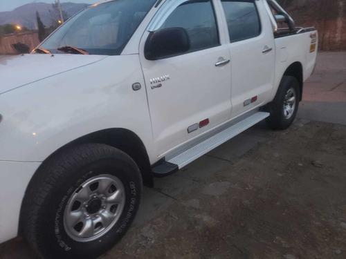 camioneta toyota hilux 4x4   año 2011 turbo
