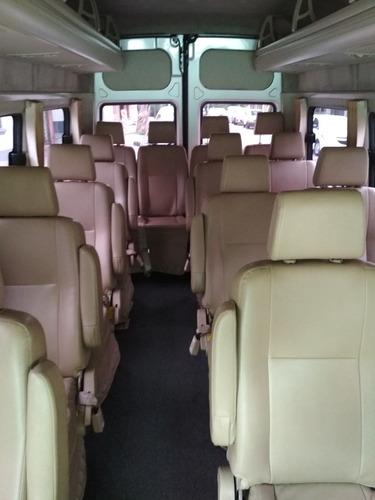 camioneta traslado pasajero combi empresa grupos exclusivo
