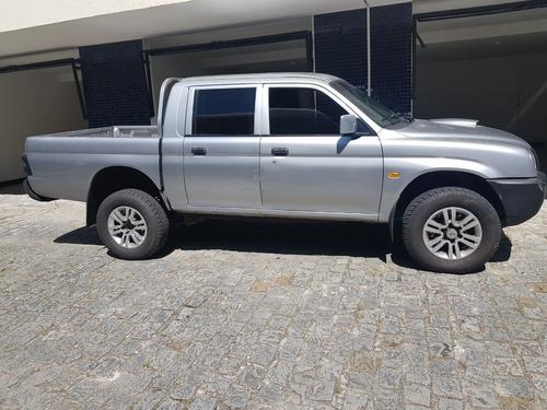 camionete l 200 diesel 4 x 4 mitsubishi