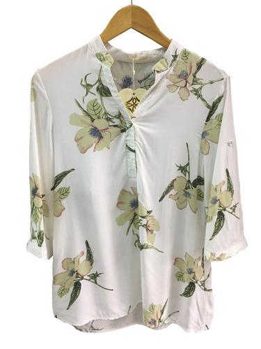 camisa 3 botões feminina viscose floral promoção só tam p