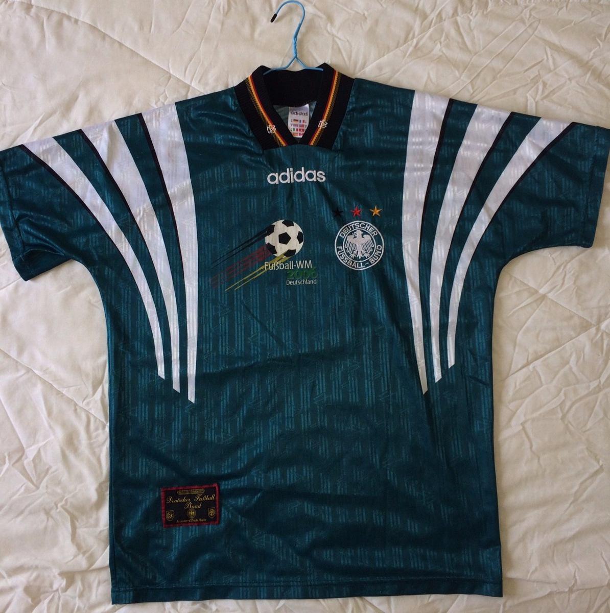 ea500ea97db91 camisa alemanha away m 1996 original adidas rara leia. Carregando zoom.