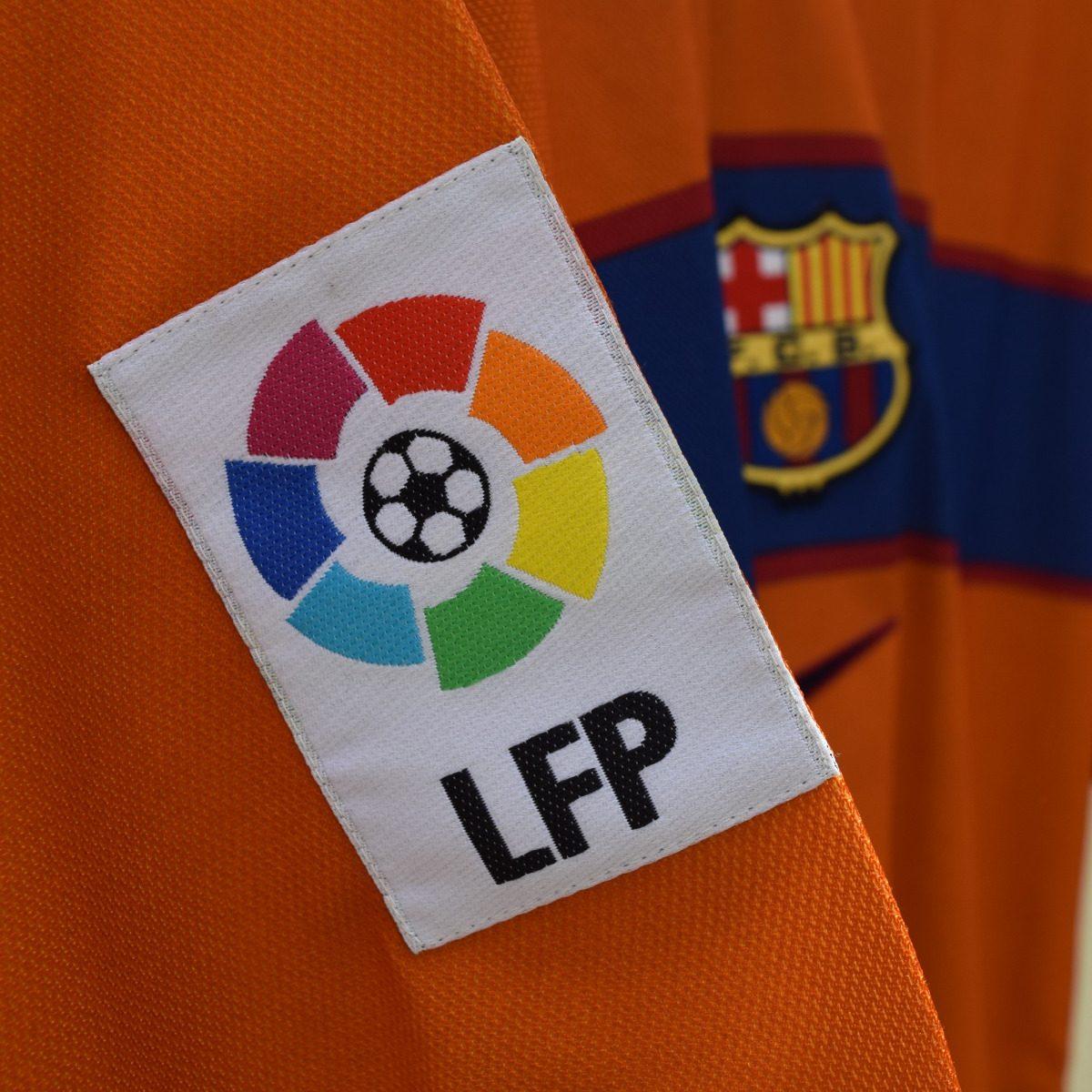 camisa barcelona 1998 1999 - segundo uniforme - original! Carregando zoom. c3175314a8d1b