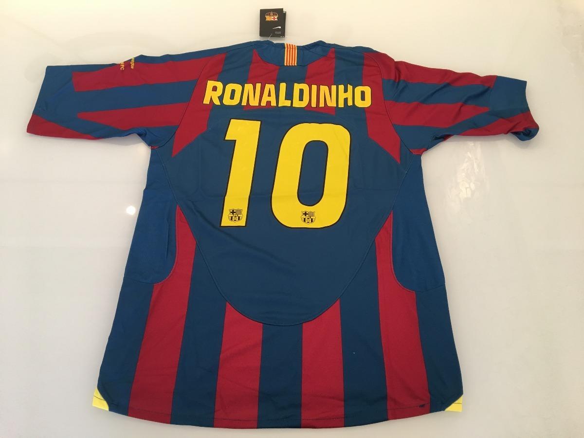 15bd7a282 camisa barcelona 2005 2006 final champions -  10 ronaldinho. Carregando zoom .