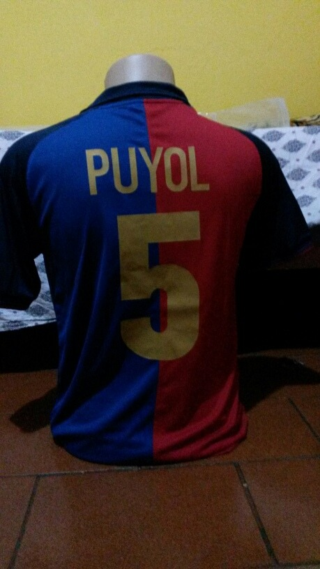 54fe47d7a457a Camisa Barcelona Retro  5 Puyol - R  189