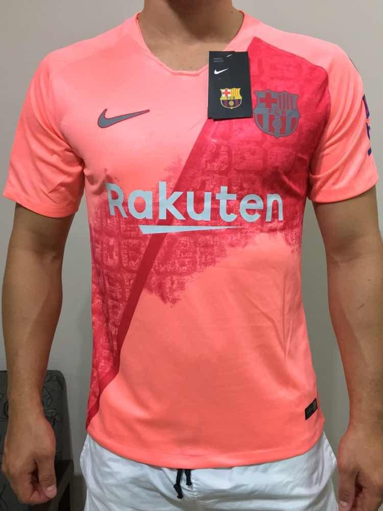 a0c3fc00f8d8d Camisa Barcelona Rosa Away Oficial 2018 2019 Versão Torcedor - R ...